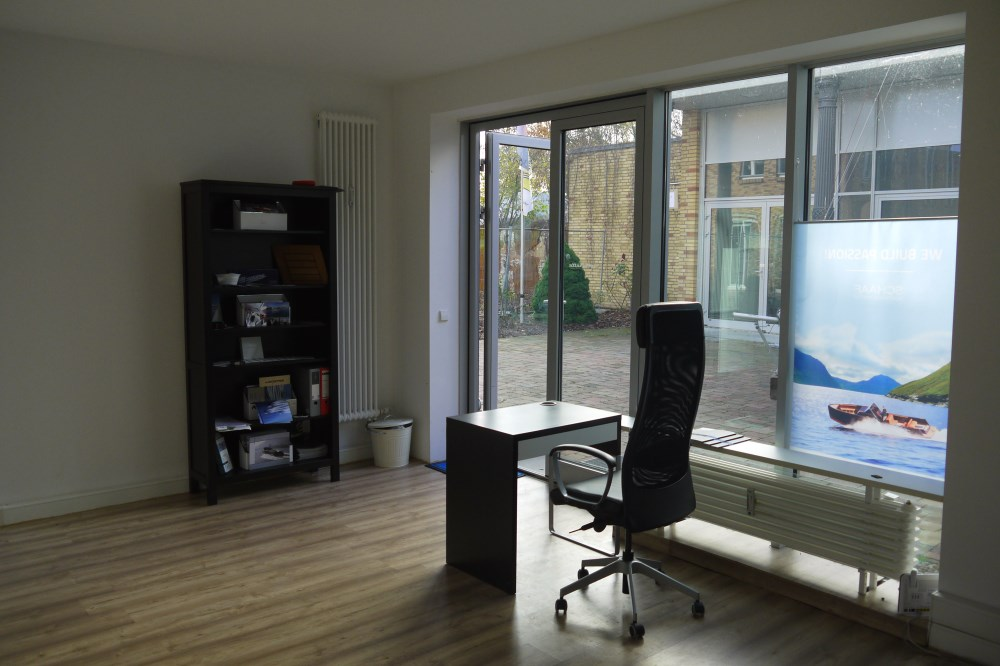 b ro mieten in berlin spandau provisionsfrei und wasserlage. Black Bedroom Furniture Sets. Home Design Ideas