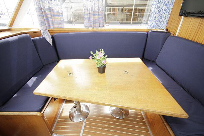 silent 116n hausboot urlaub berlin. Black Bedroom Furniture Sets. Home Design Ideas