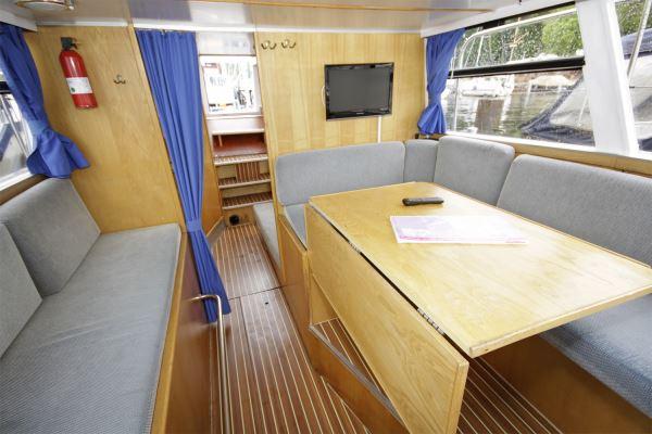 silent 94 ferien hausboot mieten berlin. Black Bedroom Furniture Sets. Home Design Ideas