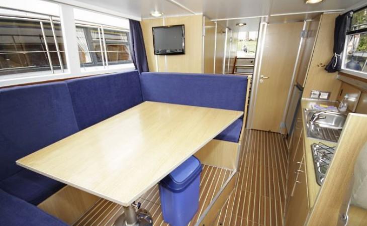 silent 116a ferien hausboot mieten berlin. Black Bedroom Furniture Sets. Home Design Ideas